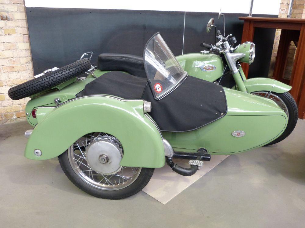 Hier gibts auch Motorräder