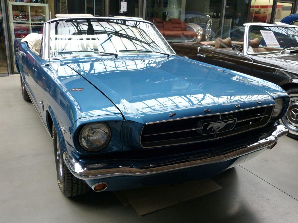 Ford Mustang - Erkennbar am kleinen Pferdchen vorne