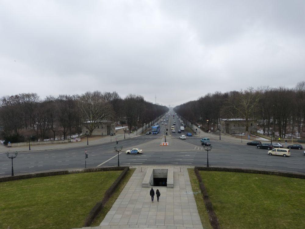 Blick auf die Straße des 17. Juni