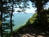 Ein toller Blick auf die Ostsee durch die Buchen vom Hochuferweg