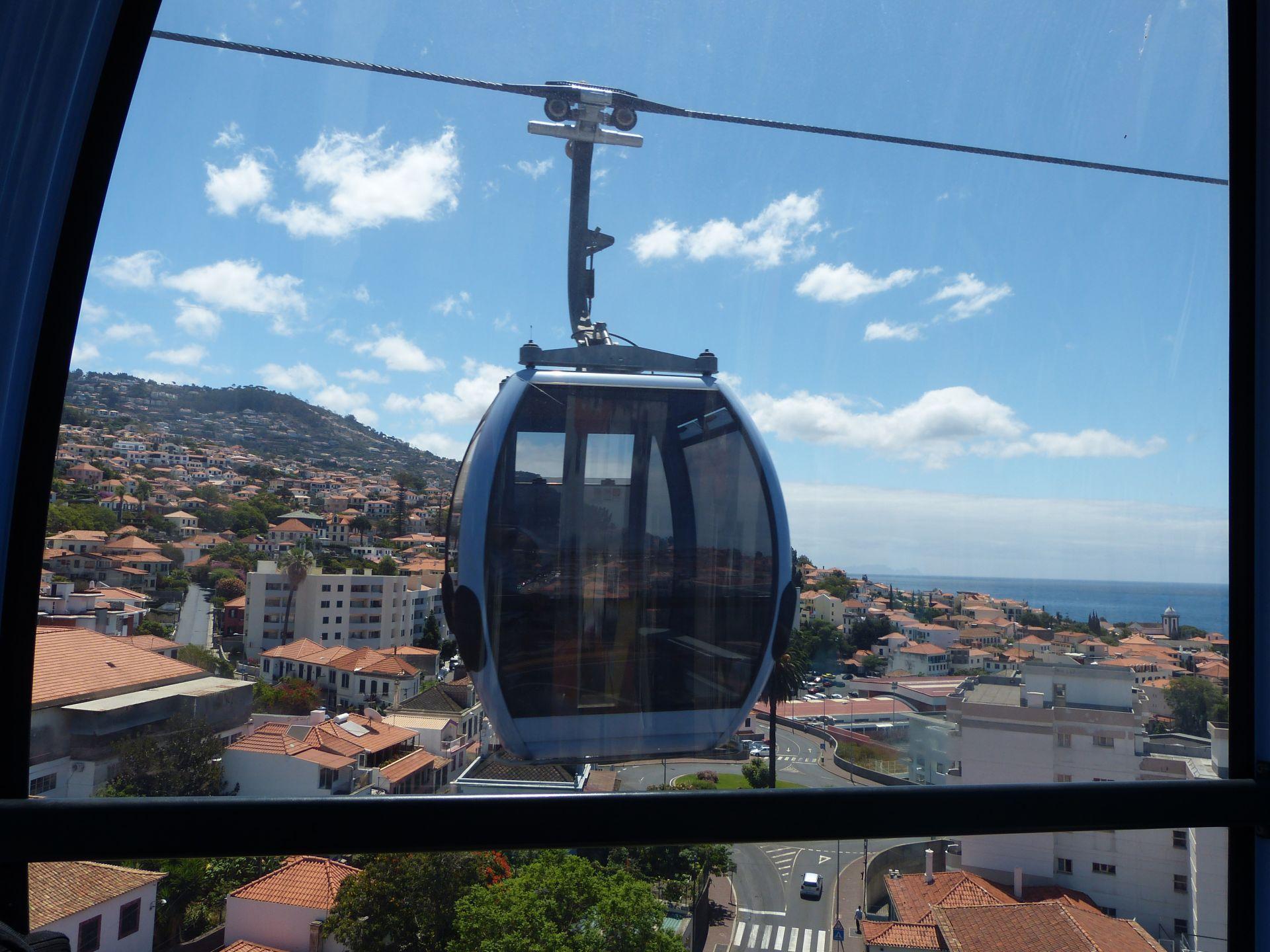 Fahrt mit der Seilbahn von Funchal nach Monte
