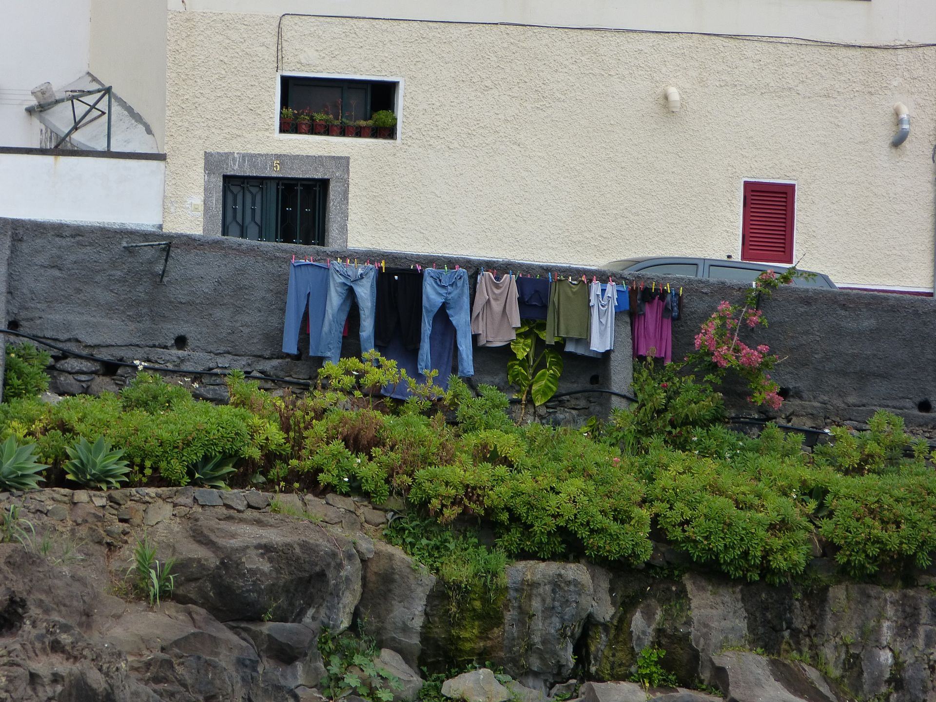 Konventionelle Methoden der Wäschetrocknung. Es gibt sie doch noch!