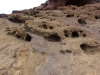 Blick auf Felsen mit Vulkanschloten