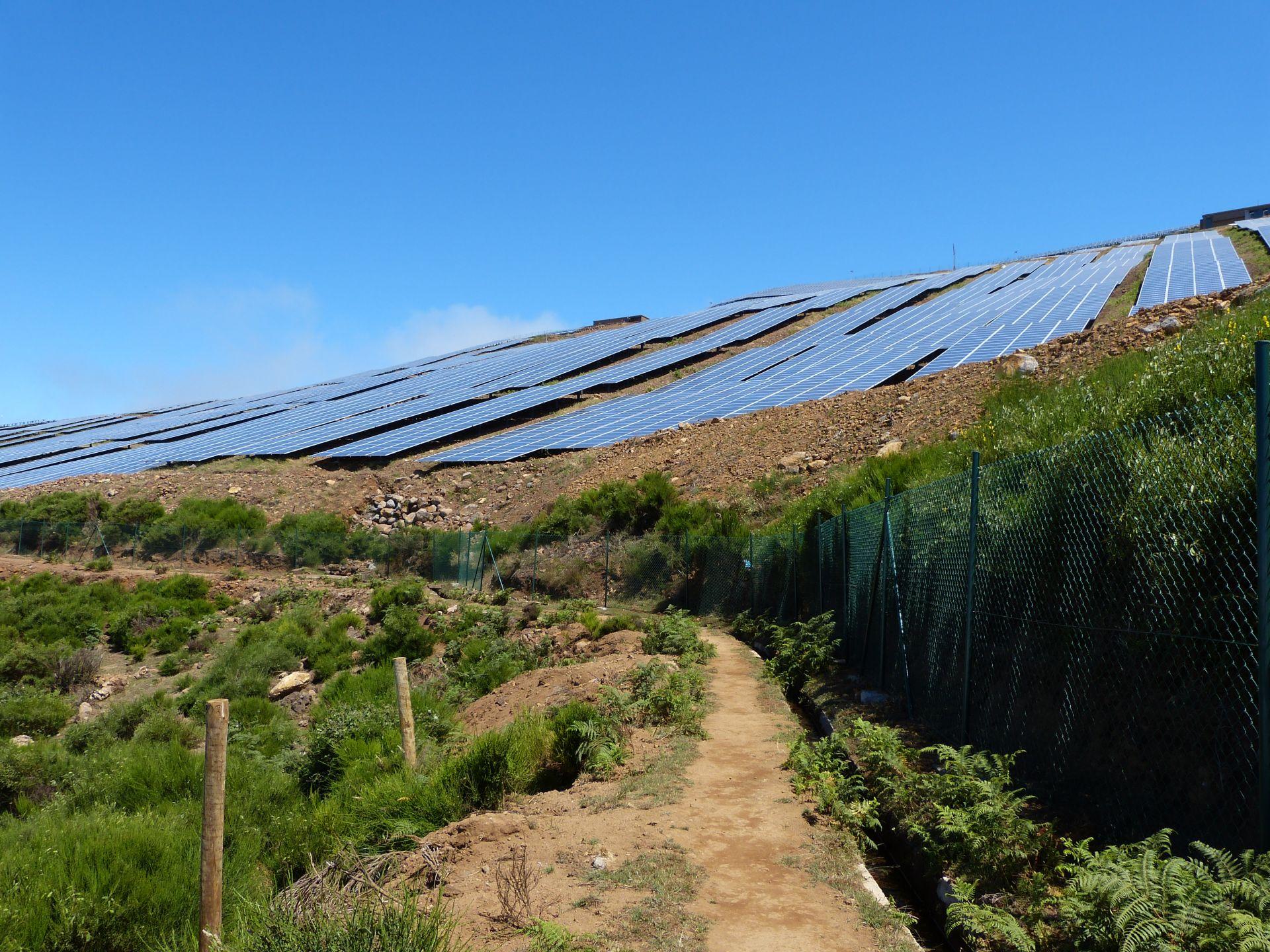 Diese riesige Solaranlage ist wohl neu
