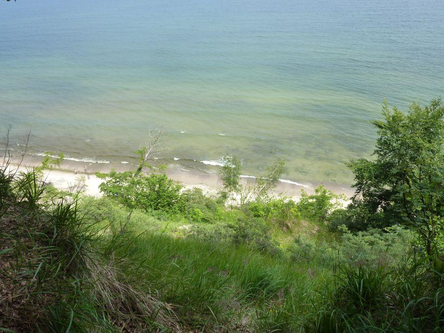 Blick auf die Ostsee vom Hochuferweg in Richtung Seebrücke