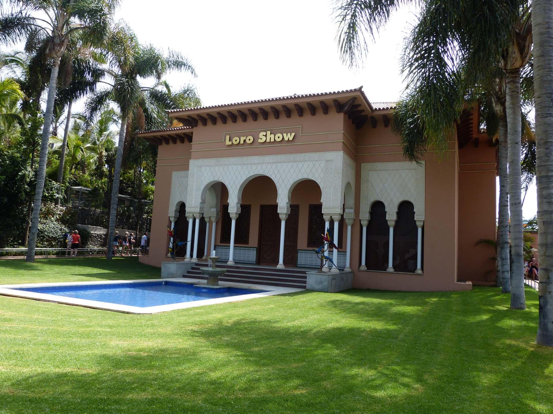 Loro Show Gebäude