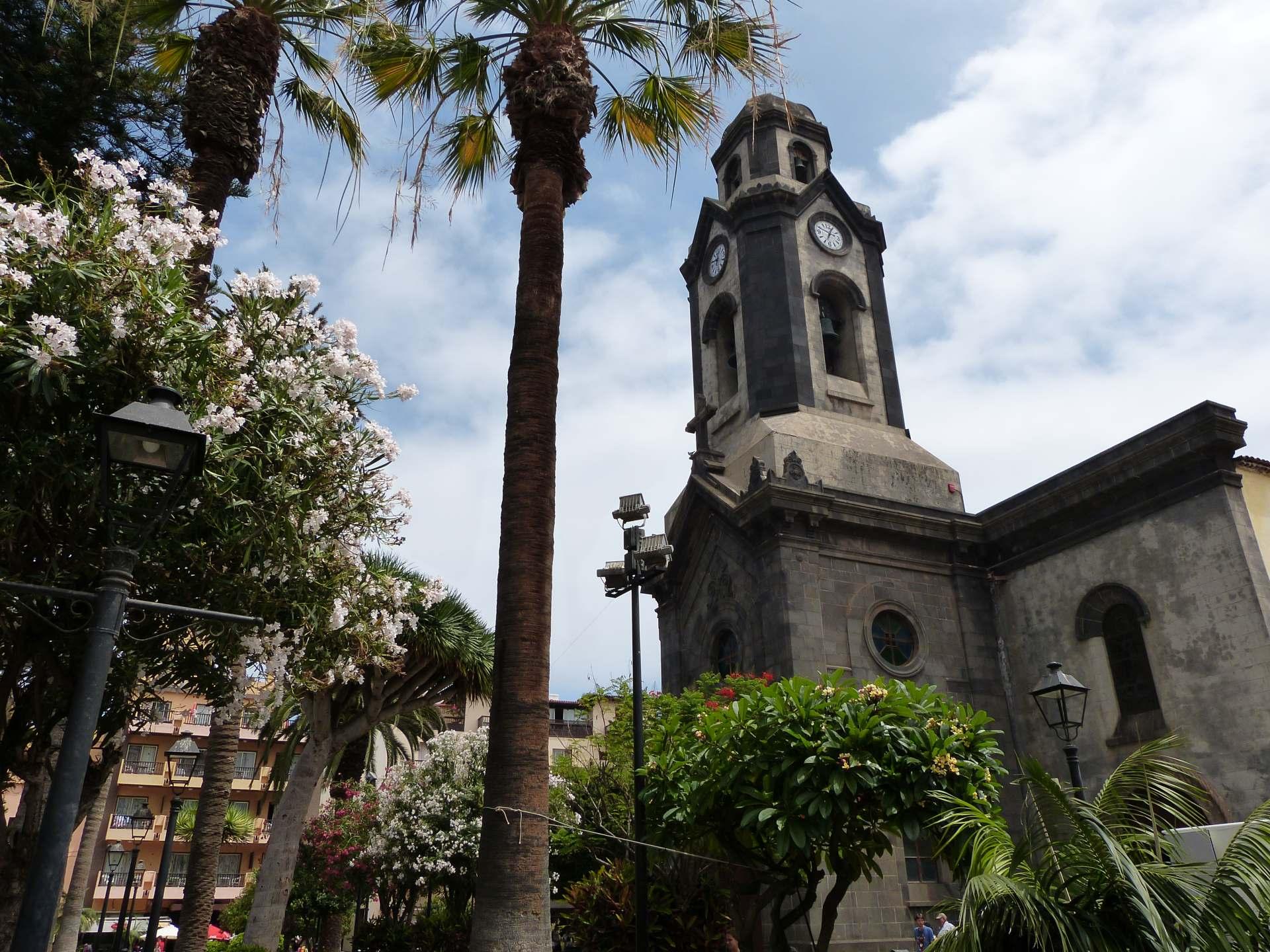 Kirche Nuestra Señora de la Peña de Francia am Plaza de la Iglesia