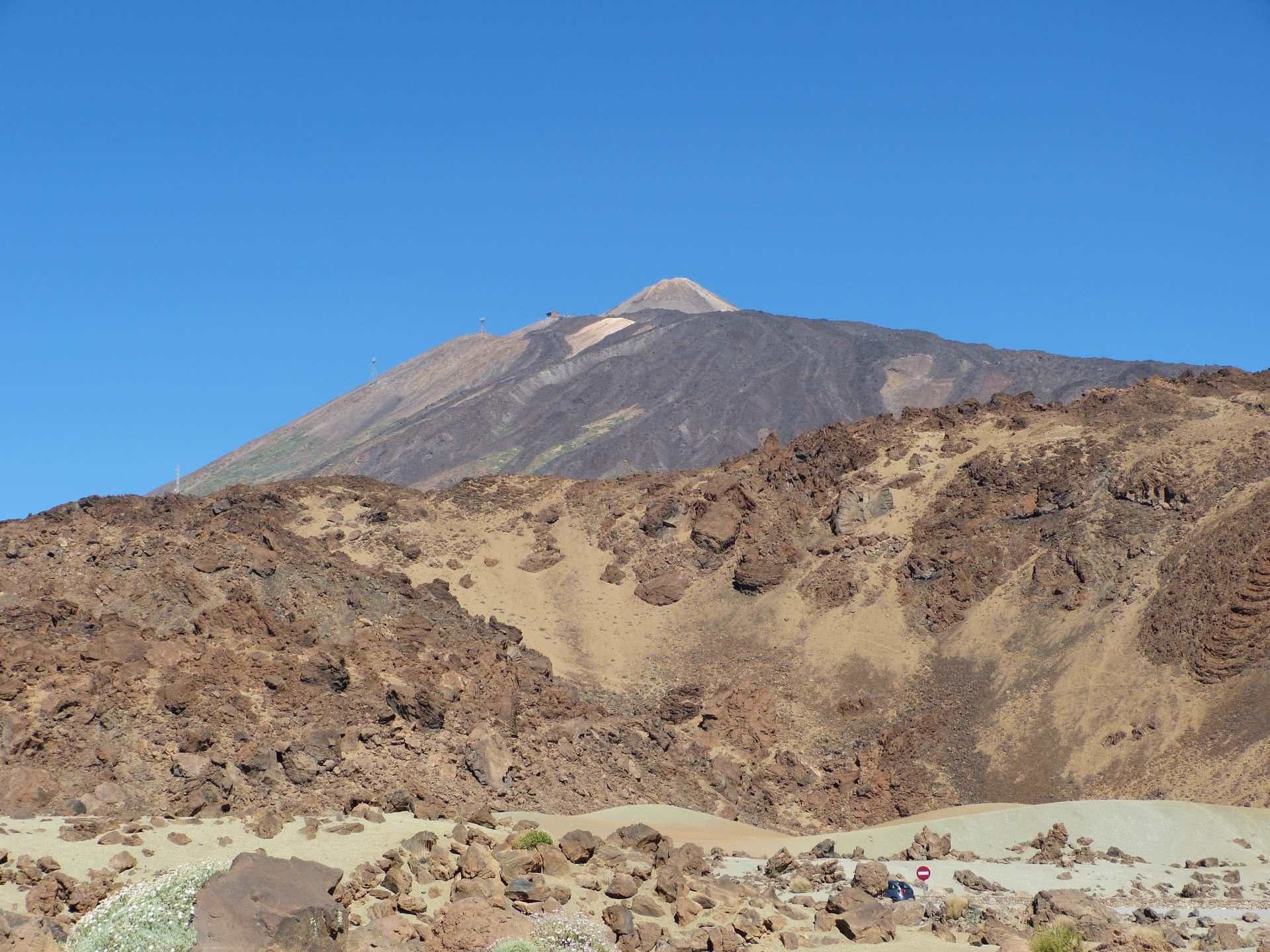 Blick von der Seilbahnstation auf den Teide