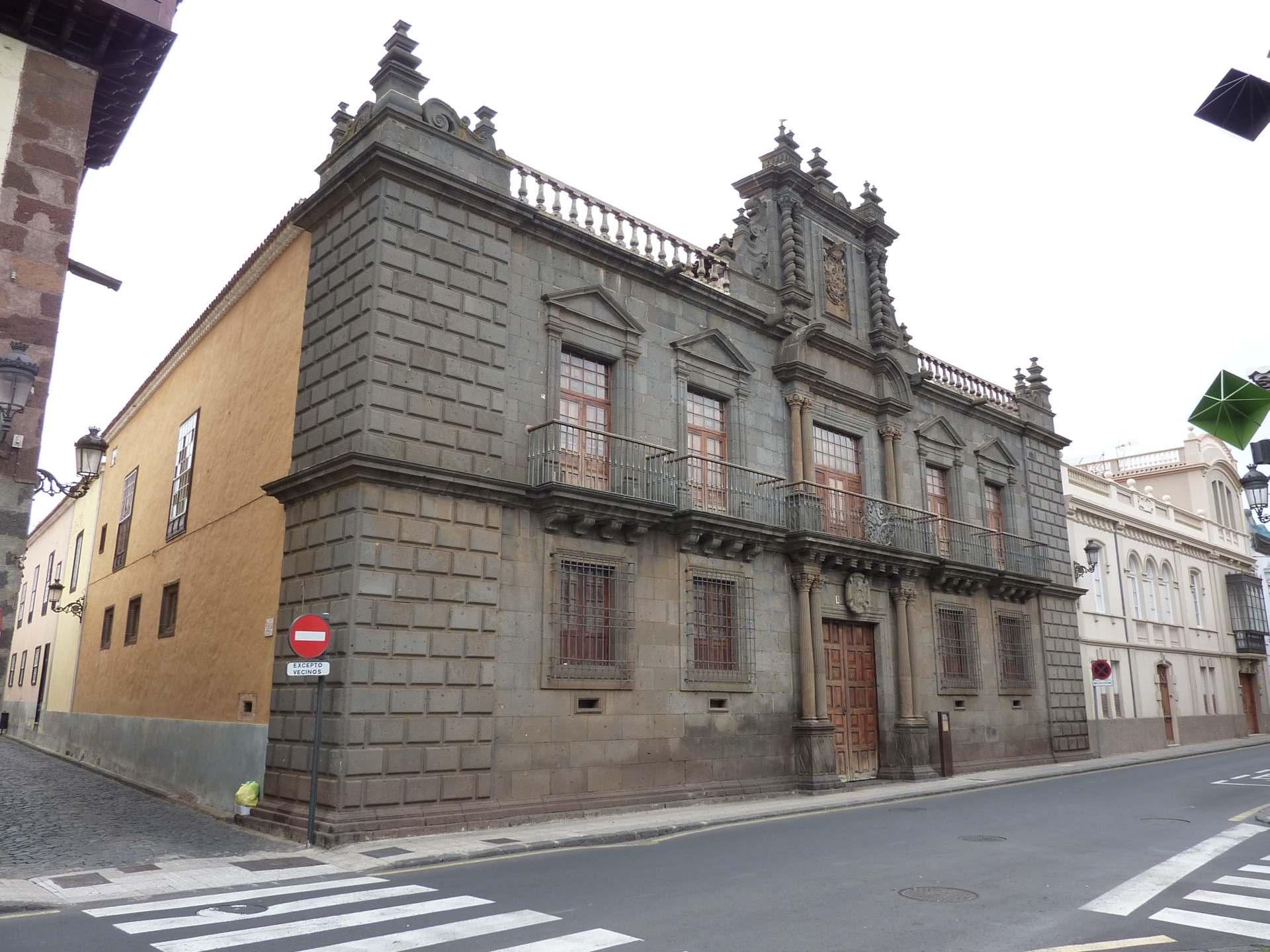 Casa Nava y Grimón