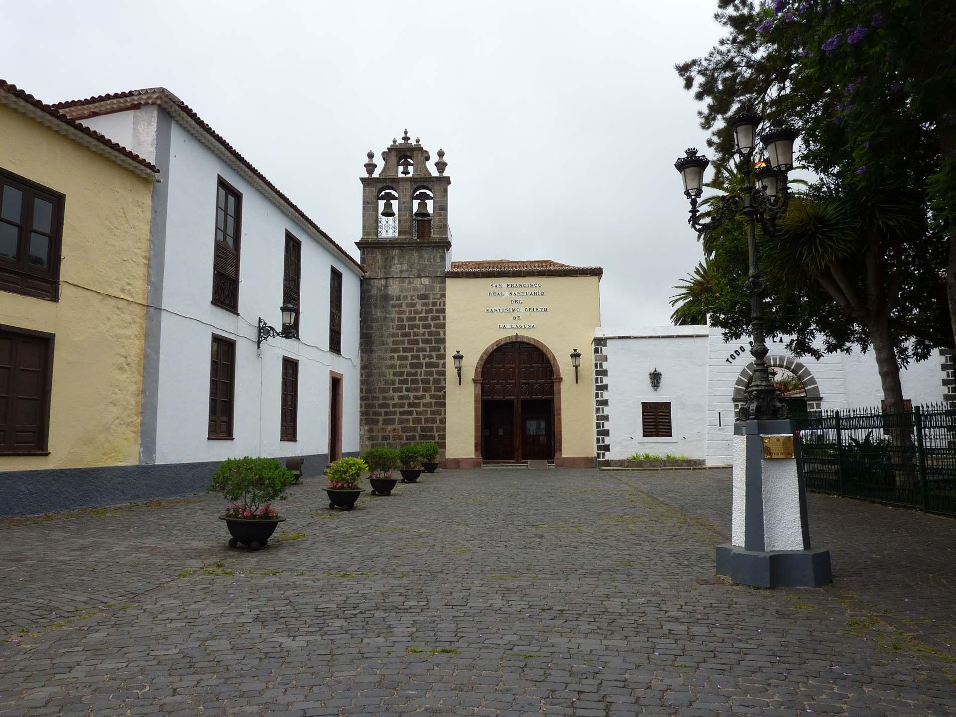 Convento San Francisco oder Real Santuario del Cristo de La Laguna
