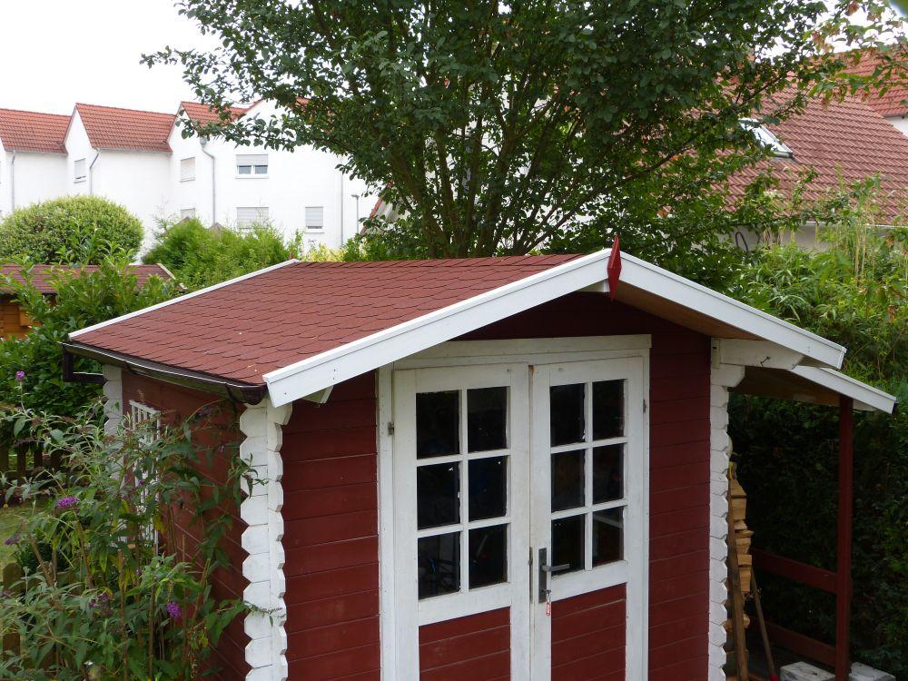 gartenhausdach mit bitumenschindeln neu eindecken mit. Black Bedroom Furniture Sets. Home Design Ideas